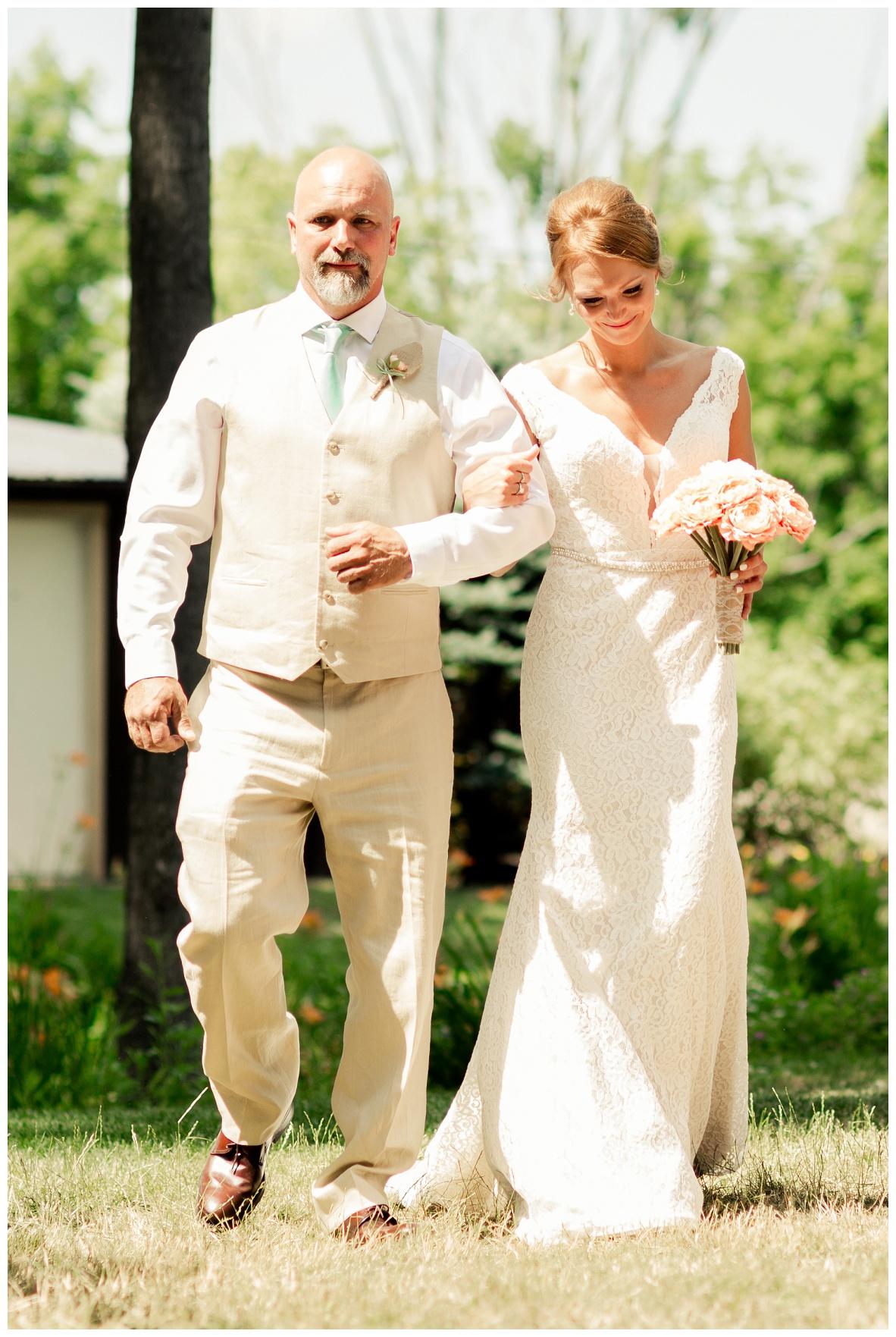 Cleveland Wedding Photographers Ashley and Todd_0027.jpg
