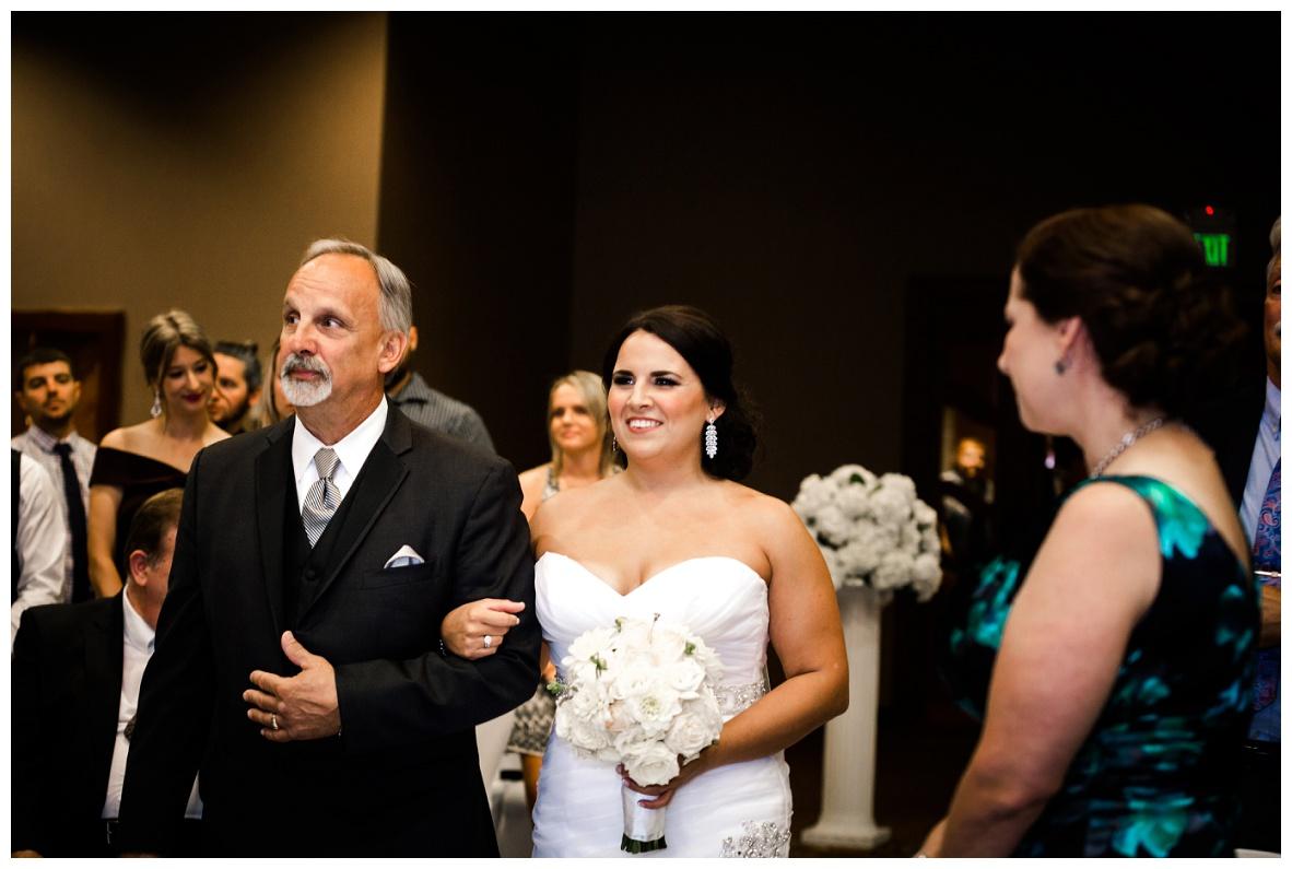 Mr. and Mrs. Hornyak_0030.jpg
