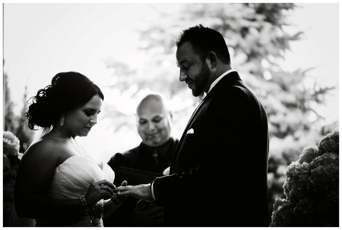 Mr. and Mrs. Hornyak_0039.jpg