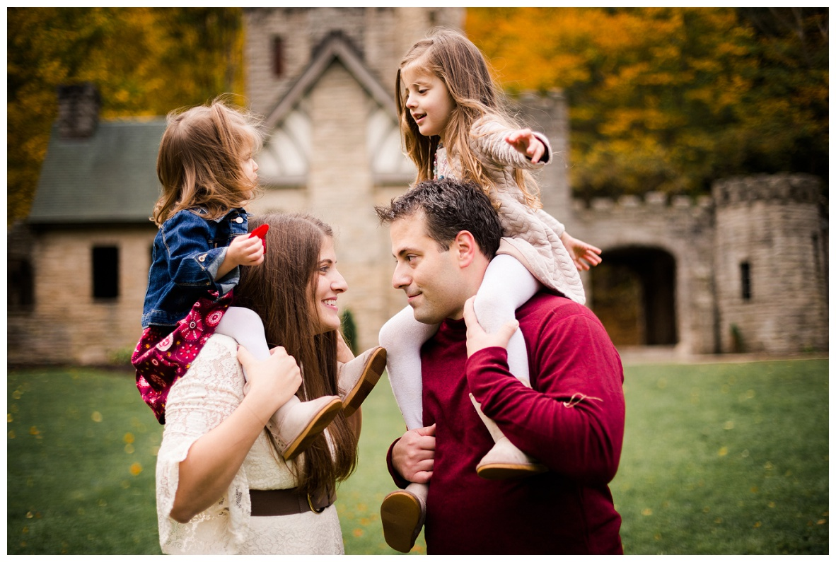 Squire's Castle Family Session_0020.jpg