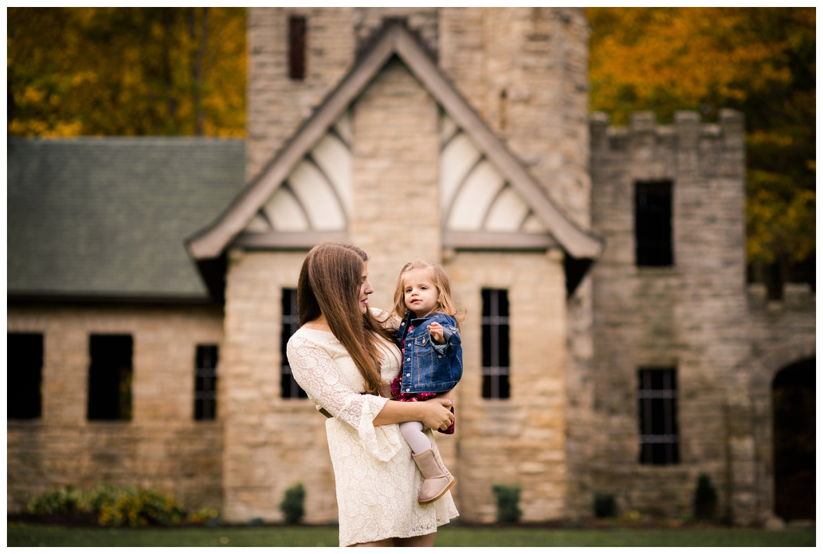 Squire's Castle Family Session_0024.jpg
