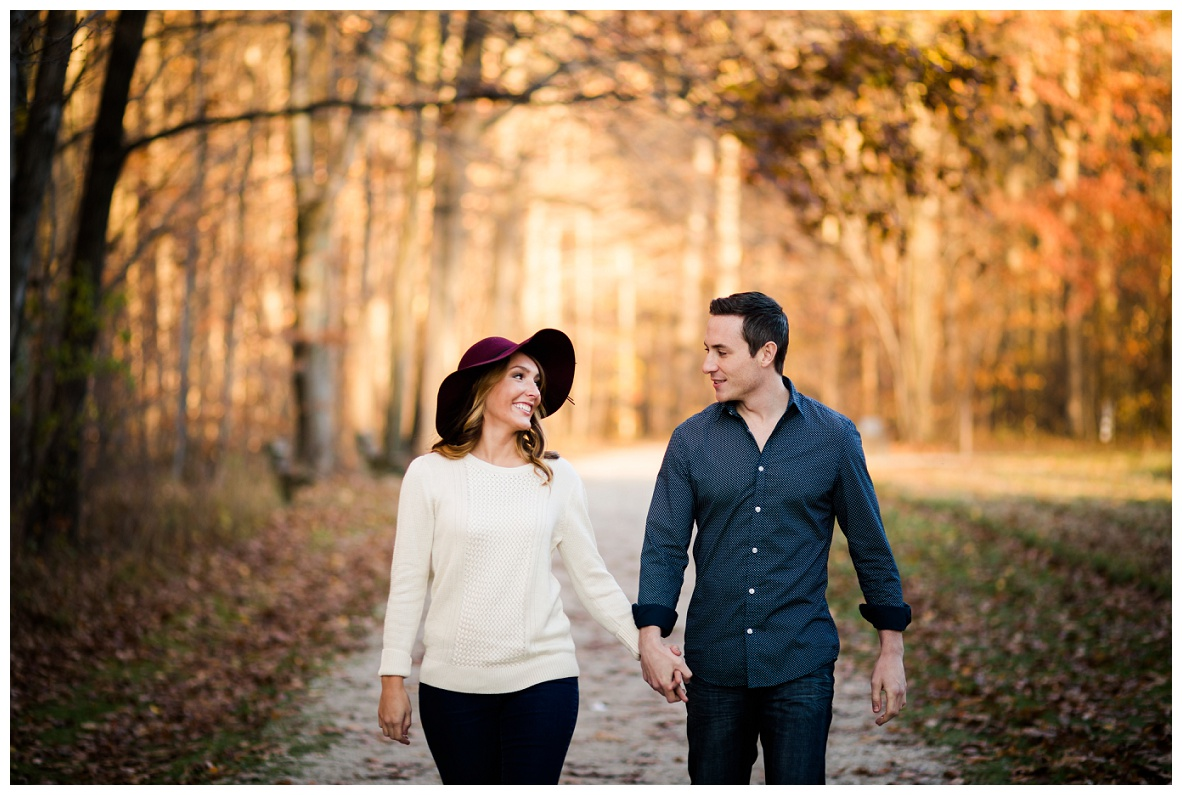 Outdoor Fall Engagement Session_0041.jpg