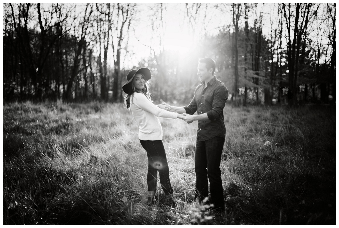 Outdoor Fall Engagement Session_0048.jpg