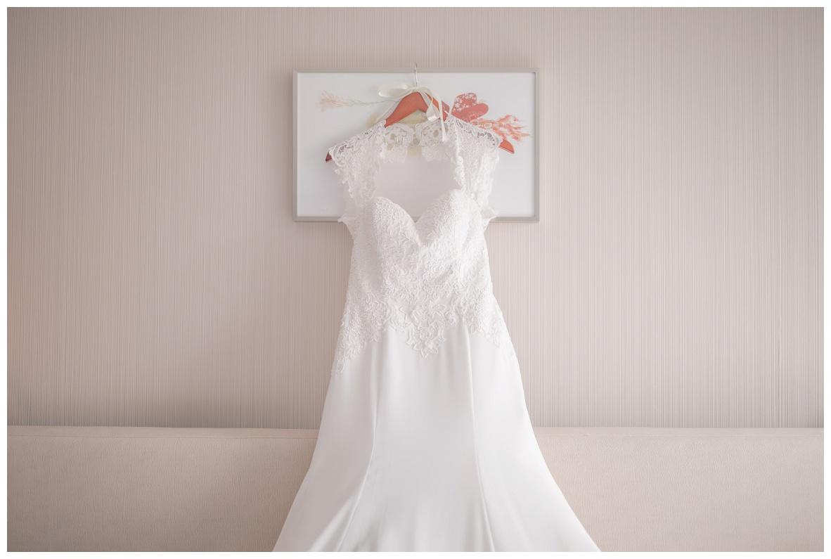Cleveland Wedding Photographer_0001.jpg