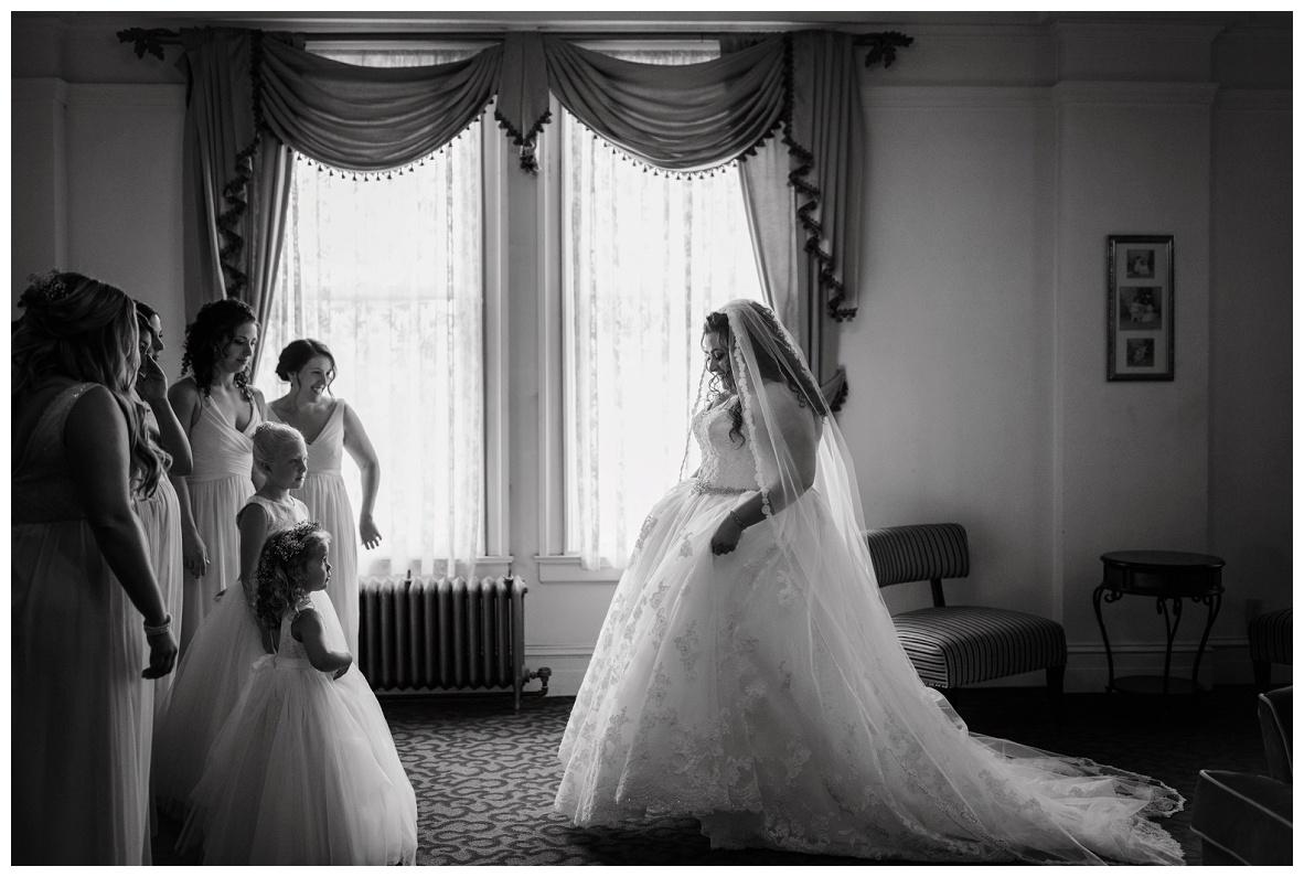 Greystone Hall Wedding_0011.jpg