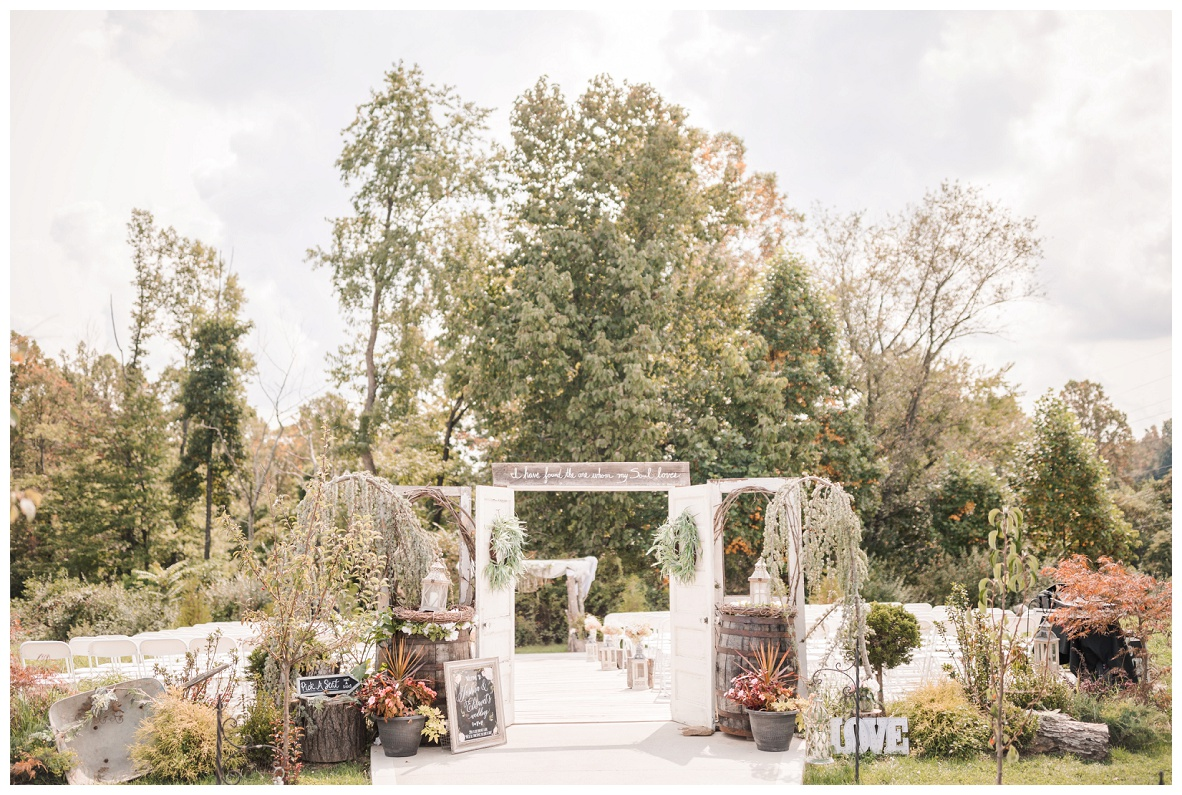 The Barn on Enchanted Acres Wedding_0001.jpg