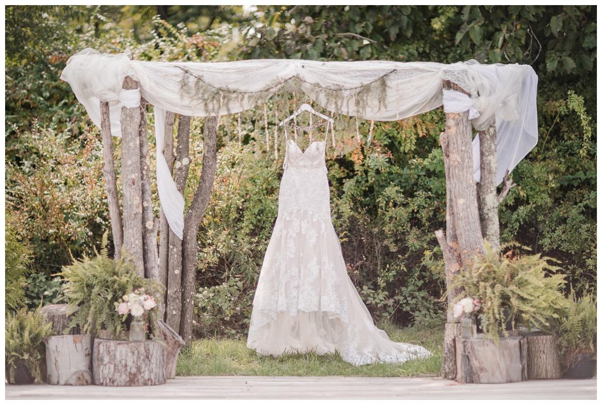 The Barn on Enchanted Acres Wedding_0007.jpg