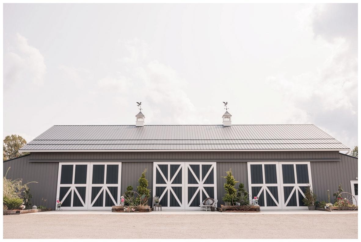 The Barn on Enchanted Acres Wedding_0015.jpg