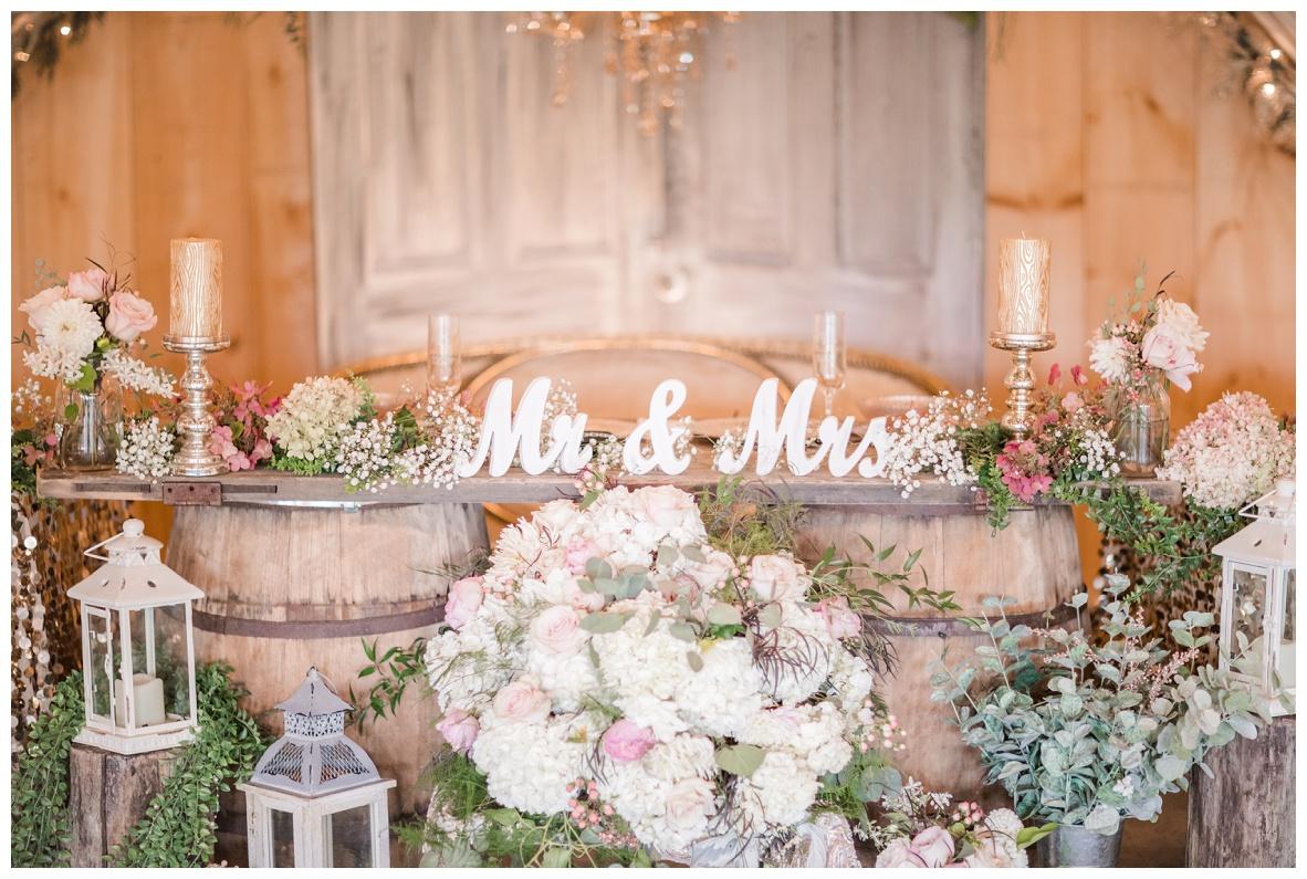 The Barn on Enchanted Acres Wedding_0017.jpg