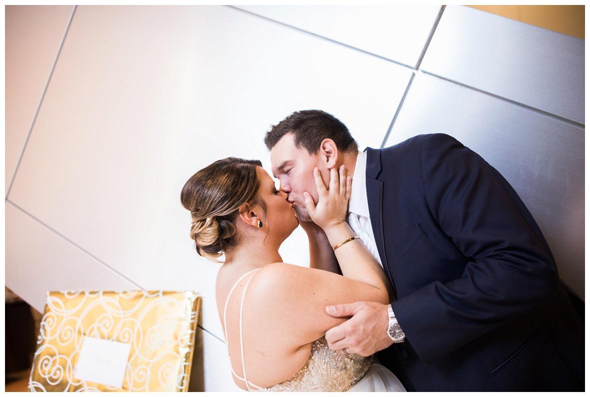 Akron Art Museum Wedding_0117.jpg