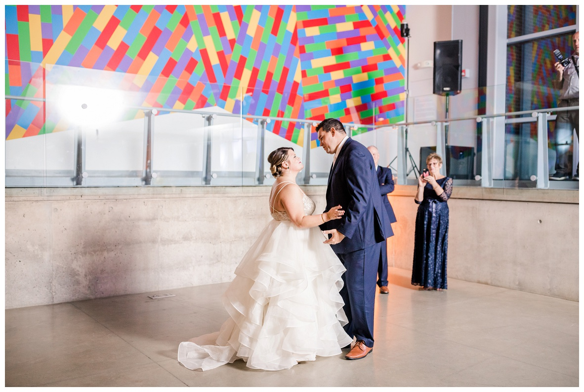 Akron Art Museum Wedding_0118.jpg