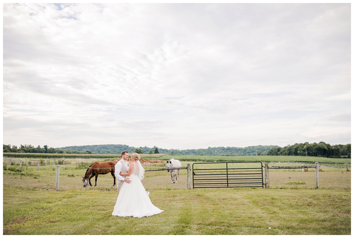 Nickajack Farm July Wedding_0114.jpg
