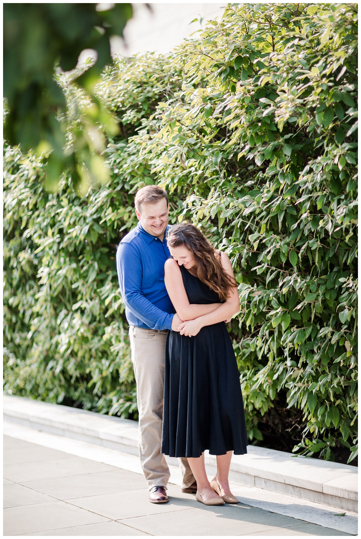 Cleveland Museum of Art and Edgewater Park Engagement Session_0013.jpg