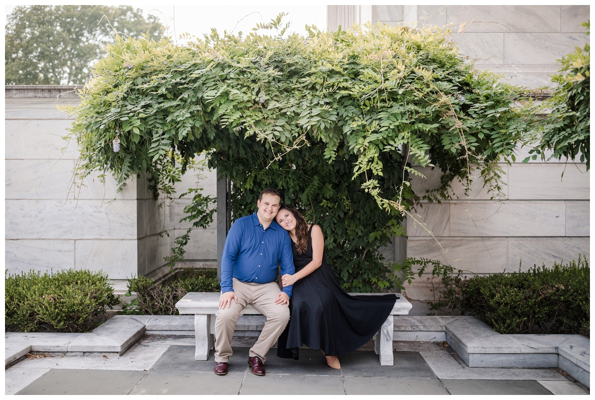 Cleveland Museum of Art and Edgewater Park Engagement Session_0018.jpg