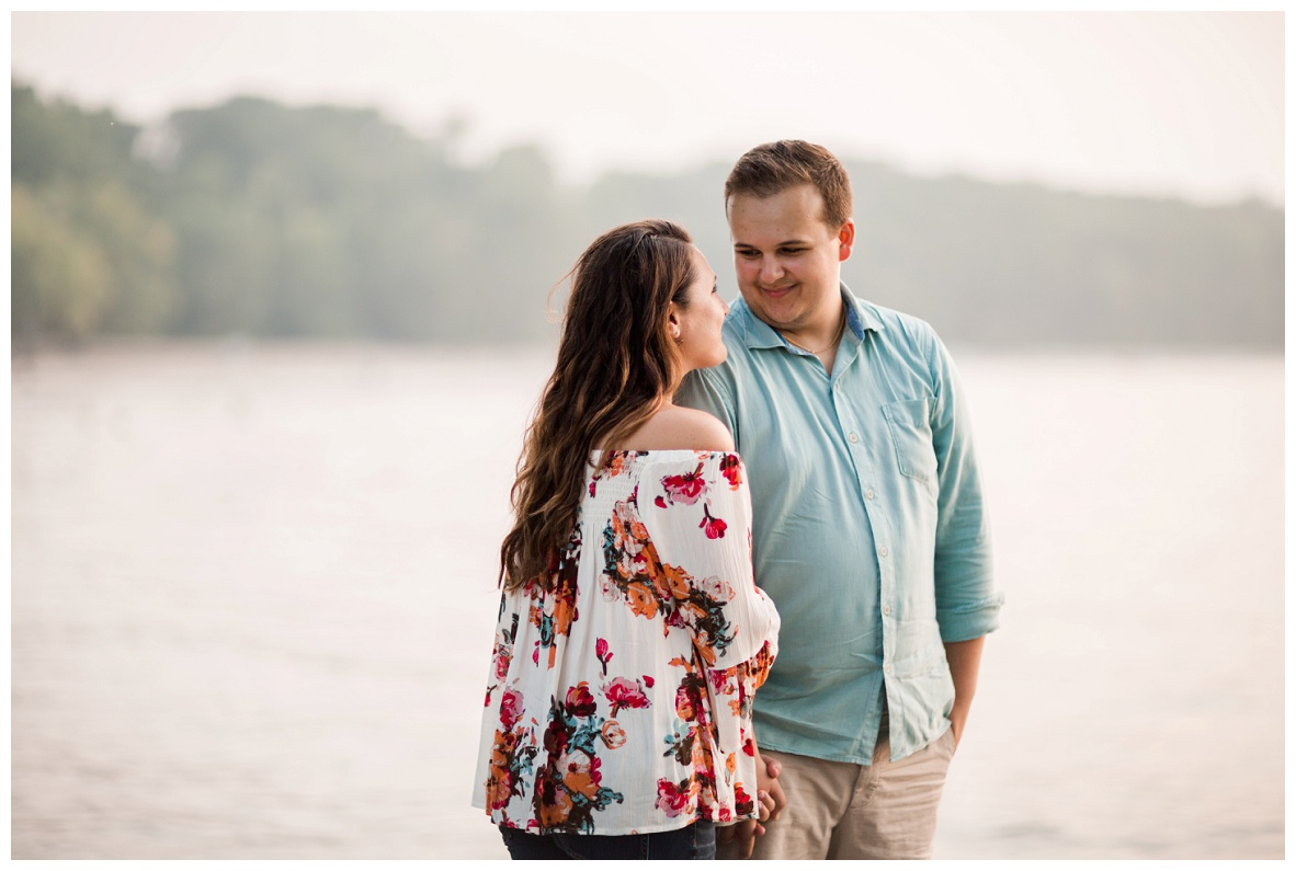 Cleveland Museum of Art and Edgewater Park Engagement Session_0061.jpg