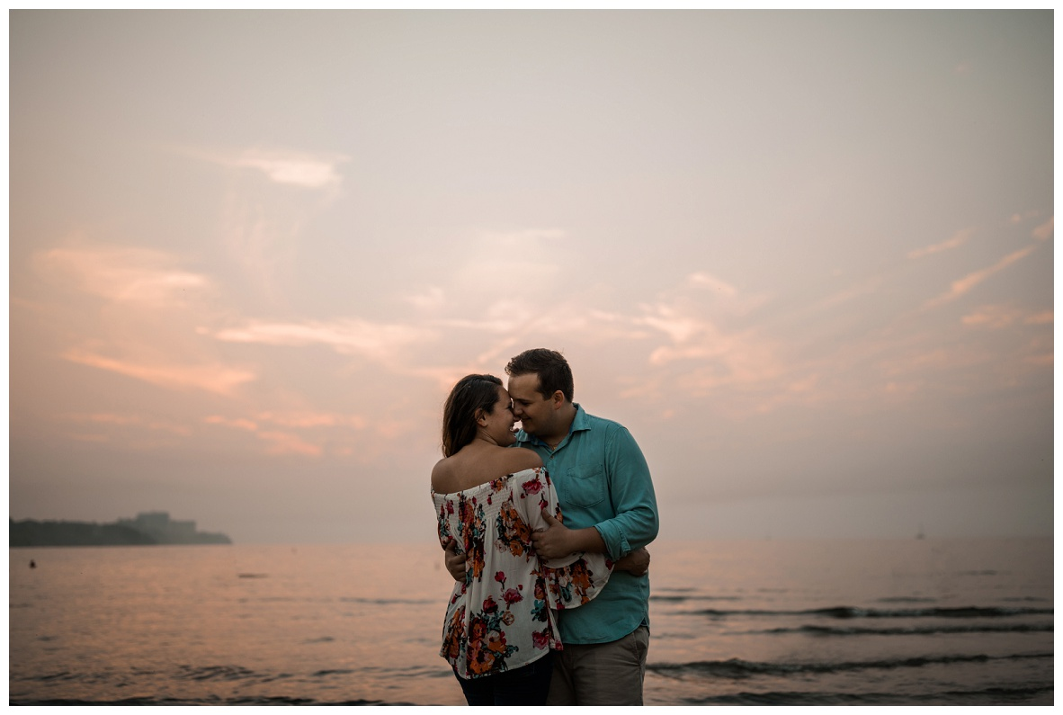 Cleveland Museum of Art and Edgewater Park Engagement Session_0071.jpg