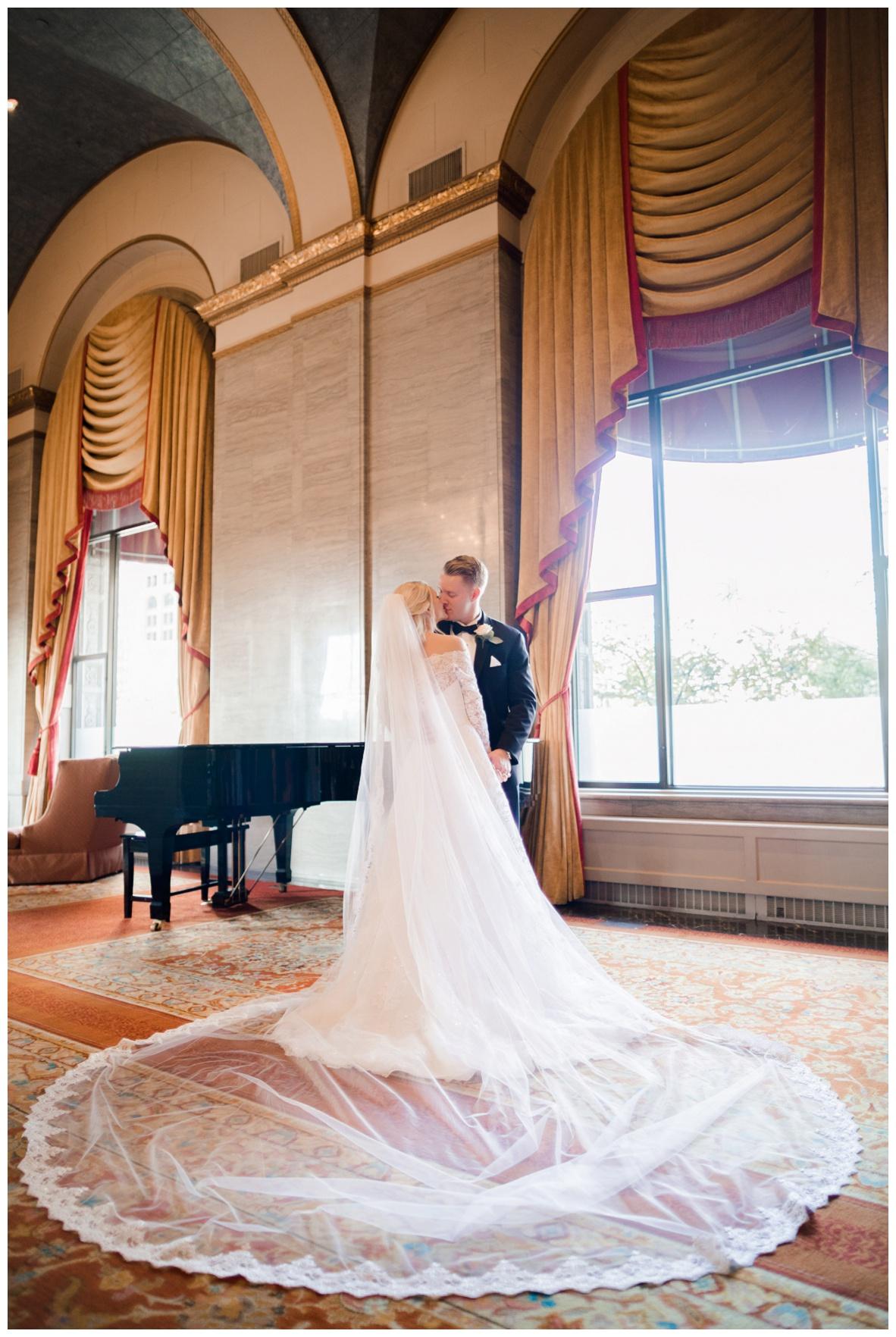 Cleveland Renaissance Wedding_0158.jpg