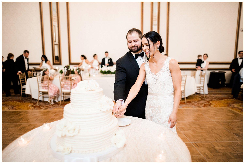 Cleveland Renaissance Downtown Wedding_0163.jpg