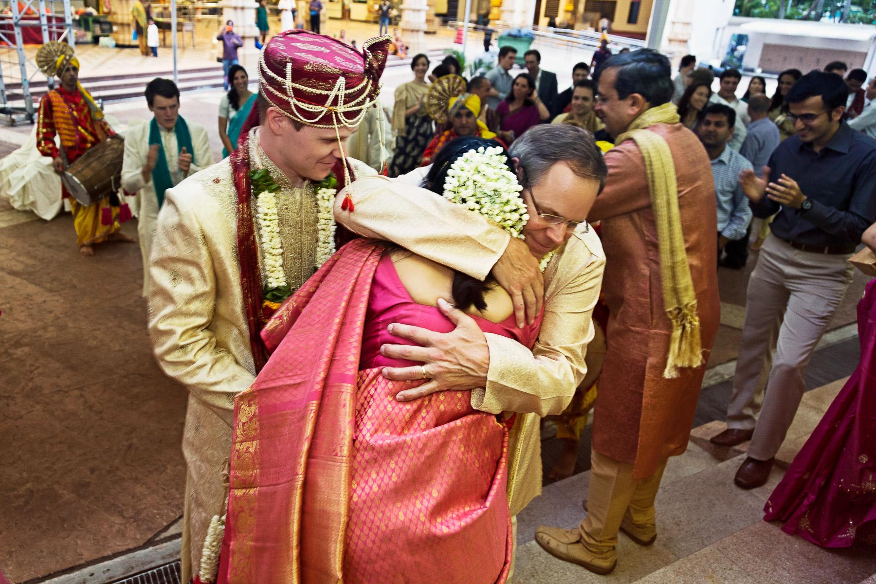 Arpita & Jon's Hindu Wedding Singapore 08.jpg