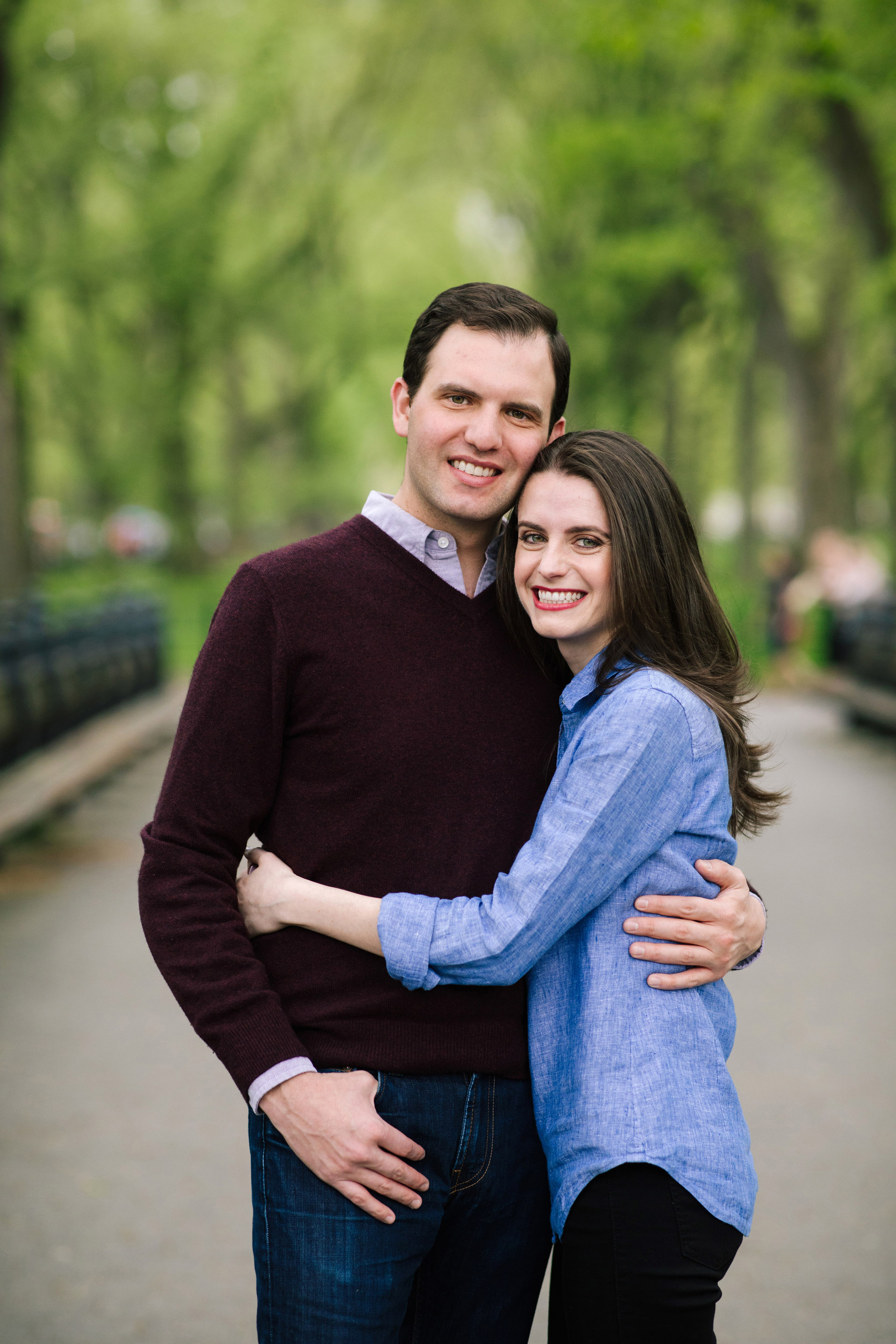 02_central_park_engagement_session_photos.jpg