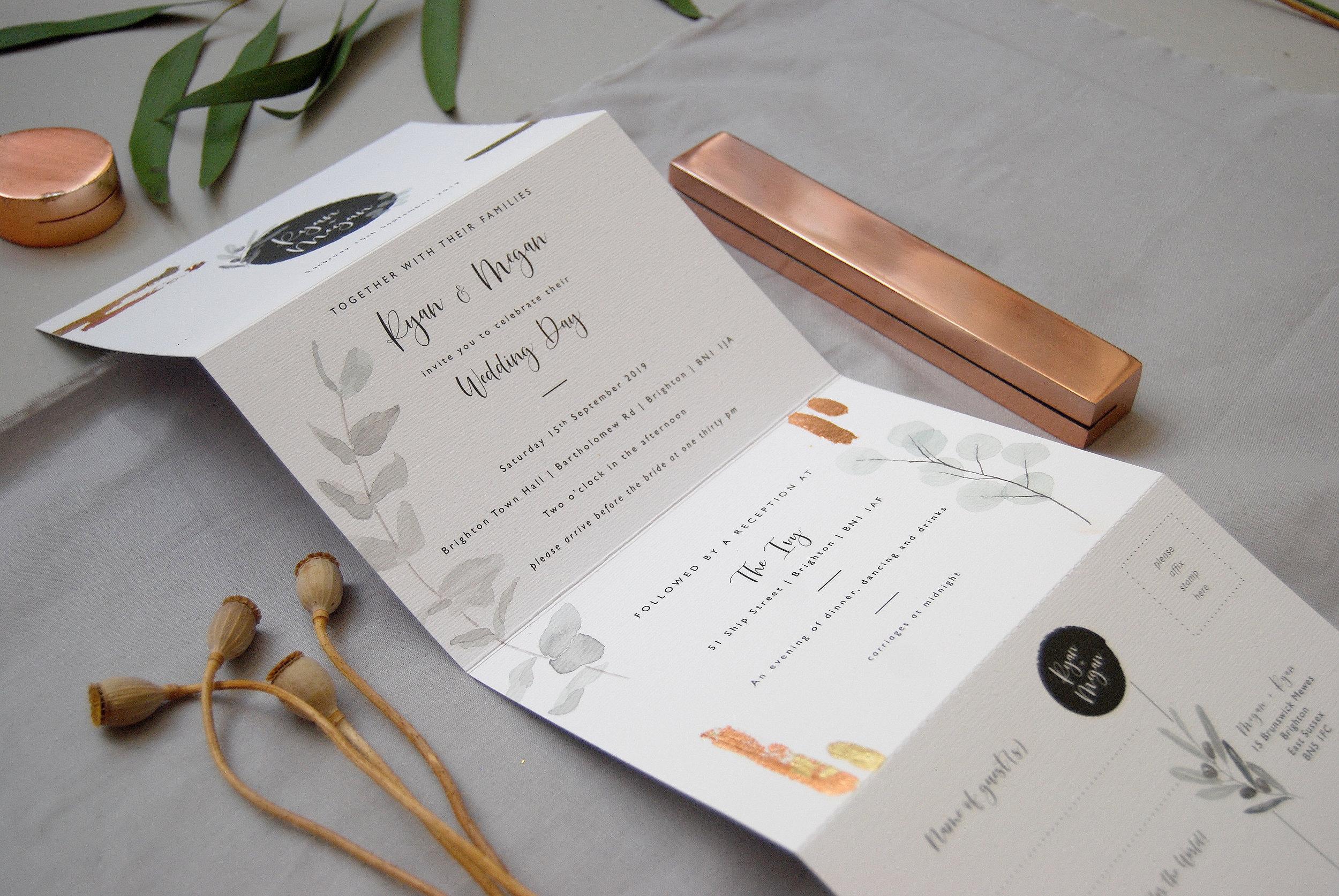 Folded_Wedding_Invitation_Set_10.jpg