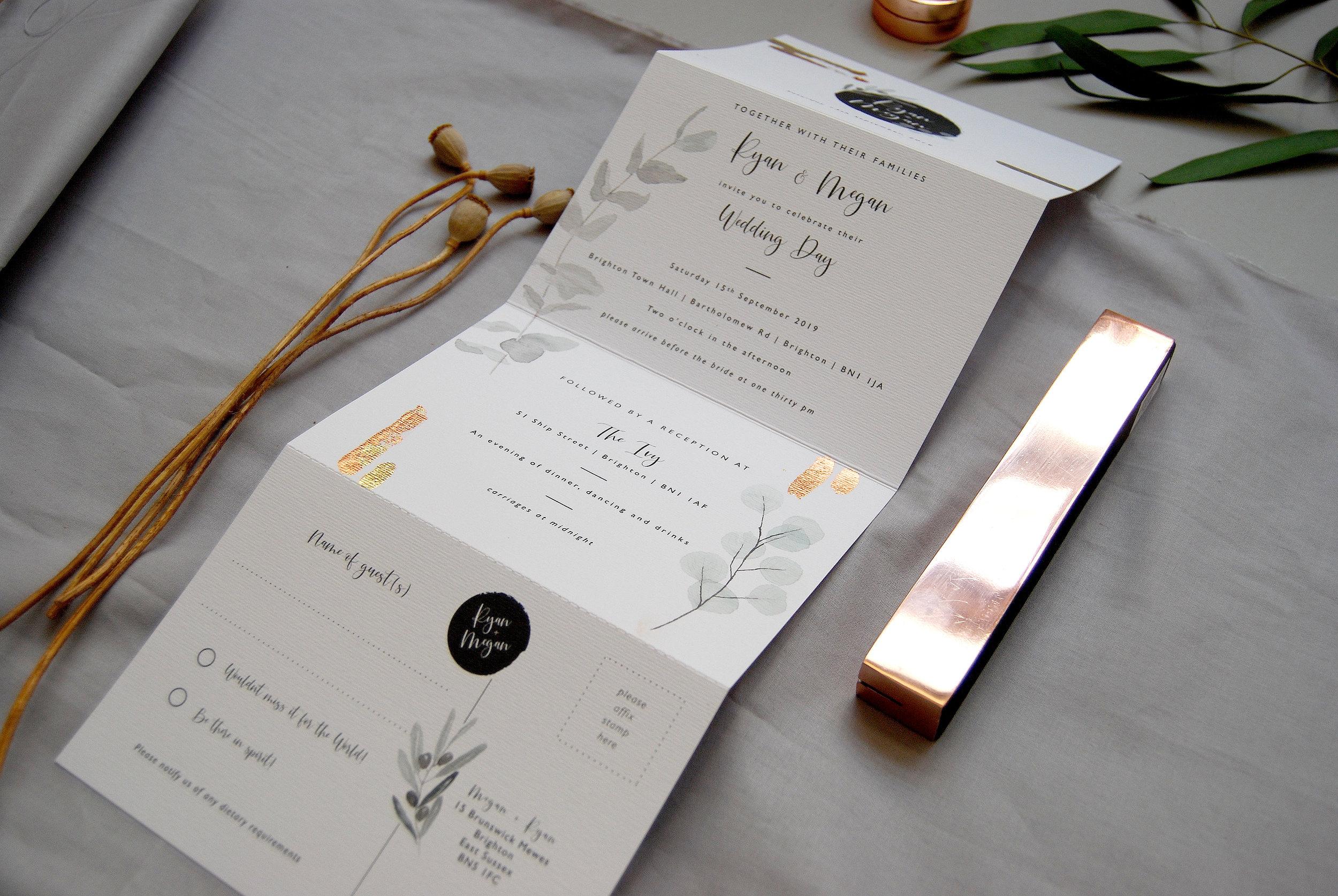 Folded_Wedding_Invitation_Set_11.jpg