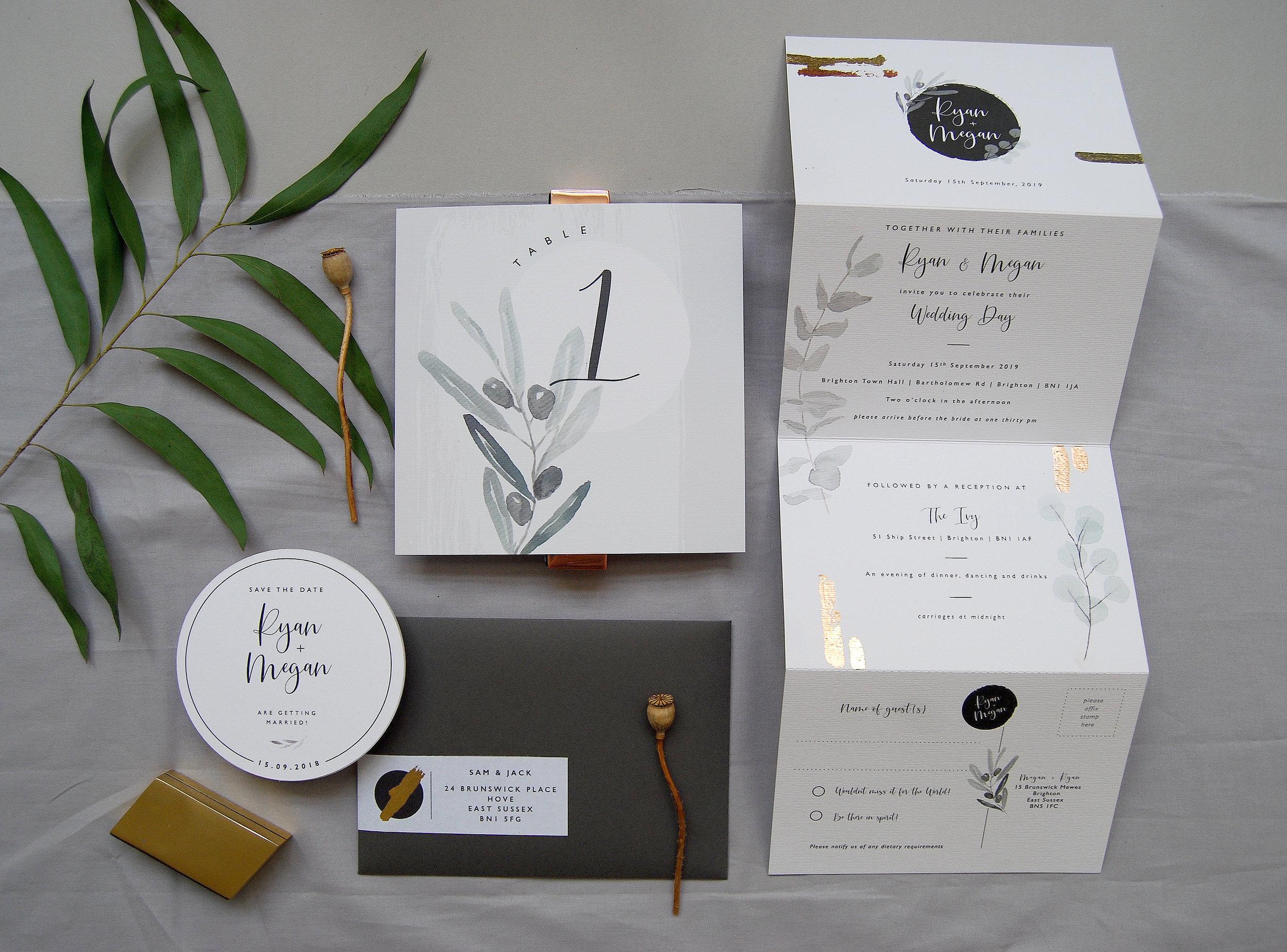 Folded_Wedding_Invitation_Set_7.jpg