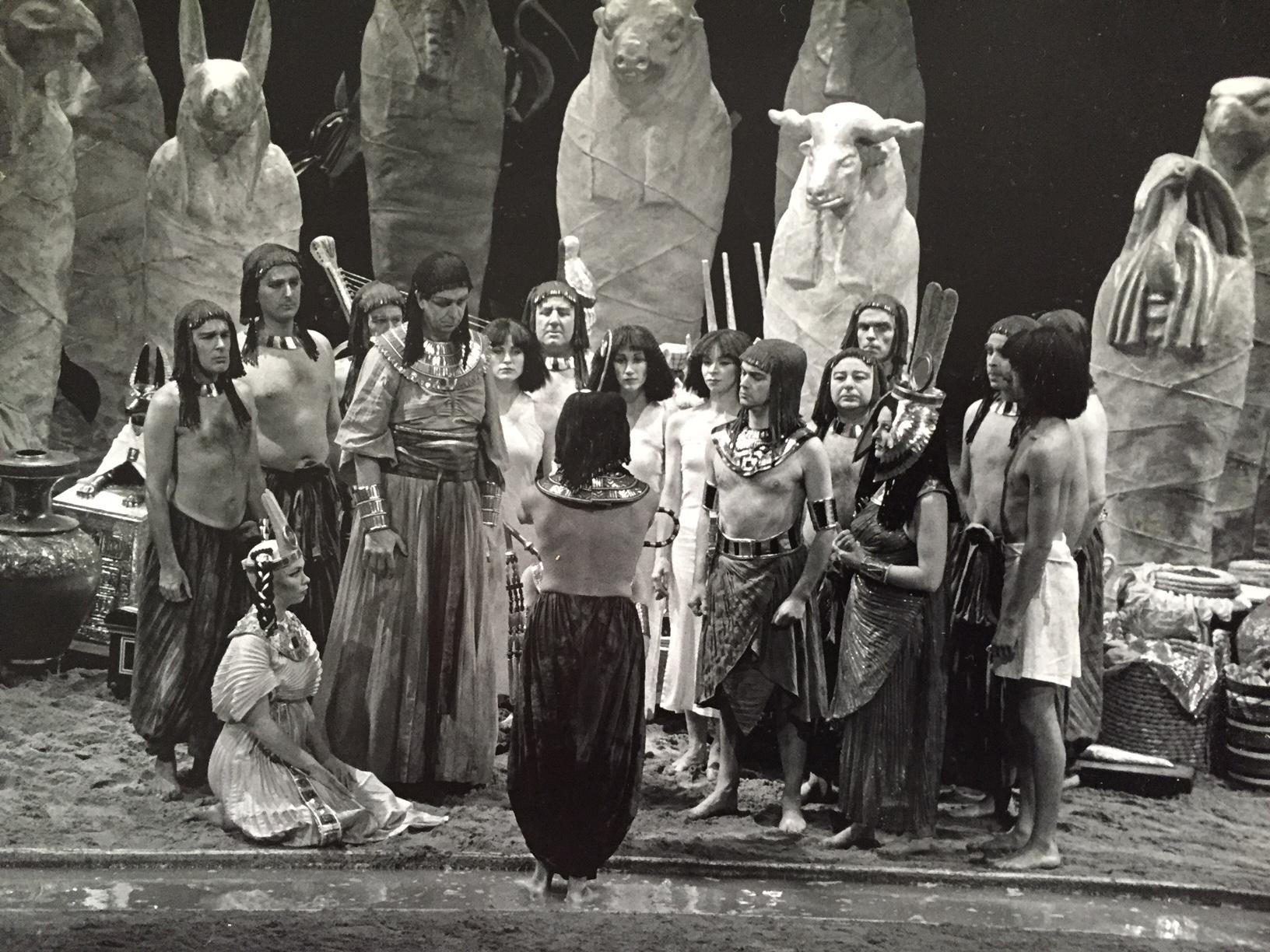 AKHNATEN - opera - production - david roger 1 .JPG
