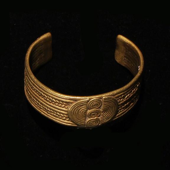 C018 Brass Bracelet