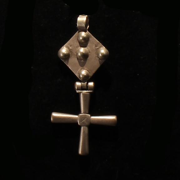 C049 Coptic Cross