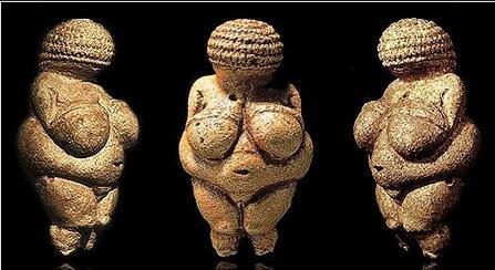 Venus of Willendorf.jpg