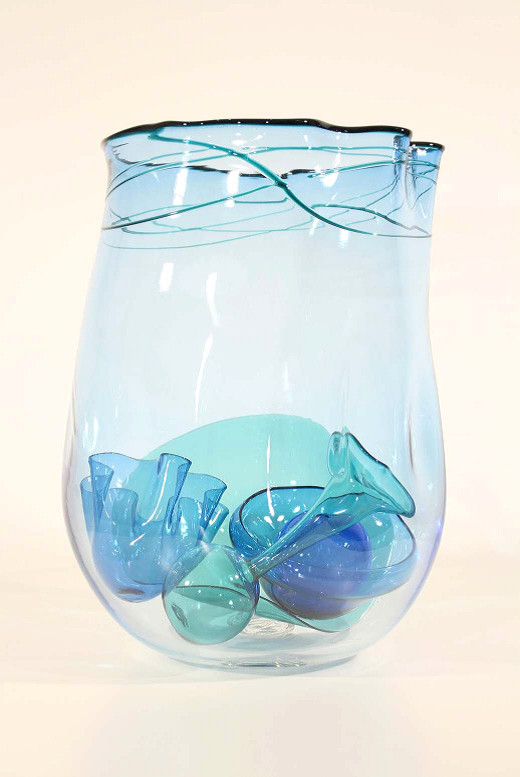 Blue Nesting Vessel