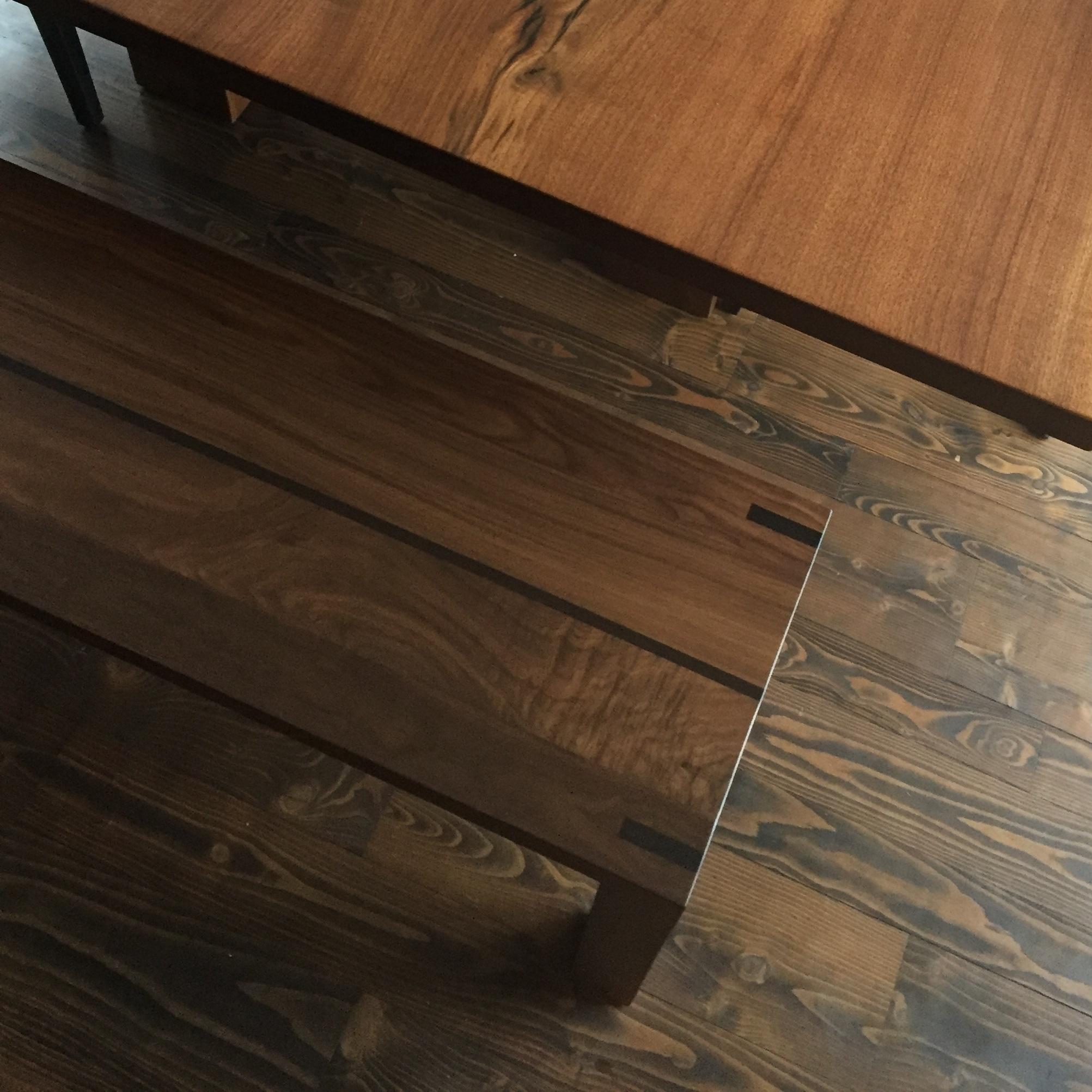 Banquettes en bois |Wooden benches