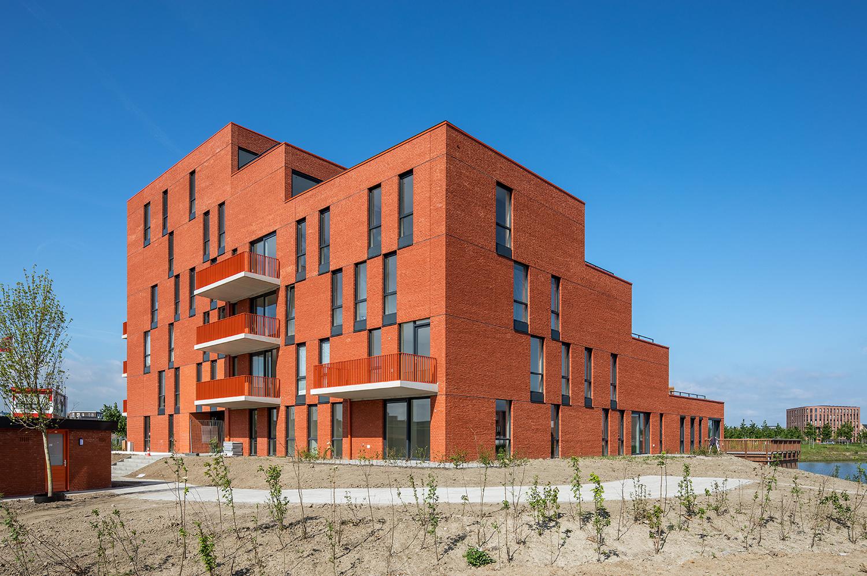 6_6_Urban-Villa-Achillesveld-Almere_Cross-Architecture.jpg