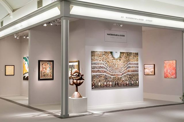 Waterhouse & Dodd at Masterpiece fair 2019.  A clean minimal design of the space offers smaller rooms to display different styles or collections of paintings.  #4dprojects #waterhouse&dodd #gallery #exhibition #masterpiecefair19