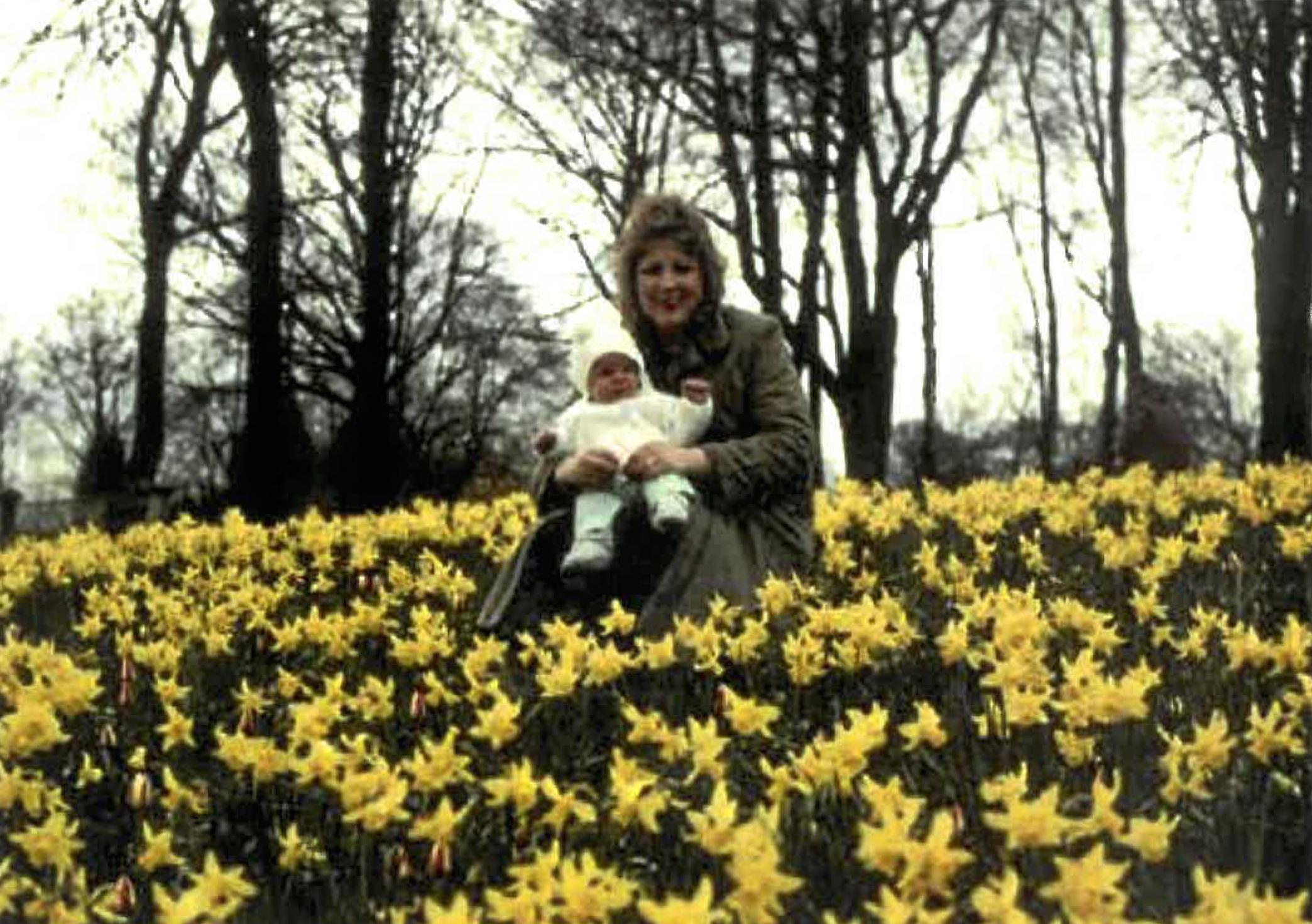 Jen and her mum.jpg