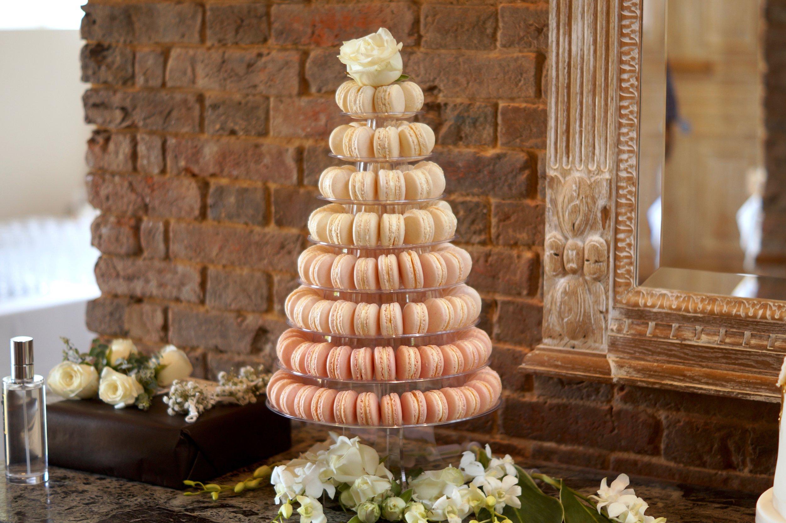 Elle Jane wedding Cakes5.jpg