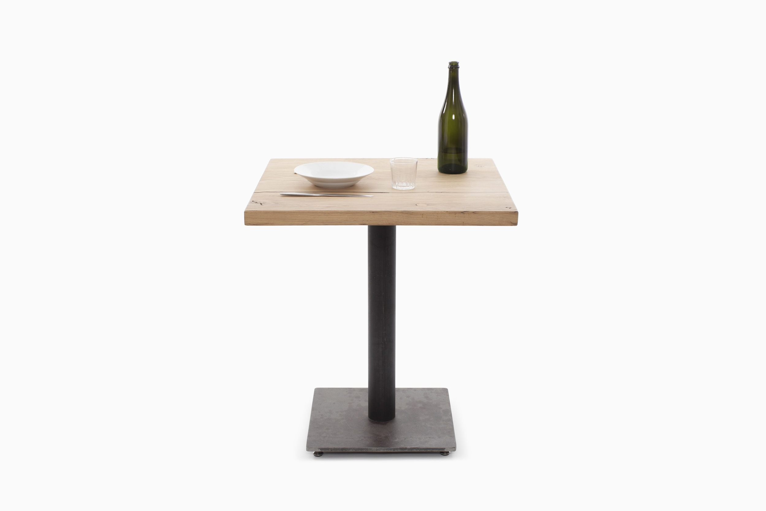 TIMBER_TABLE_BISTROT_01.05.jpg