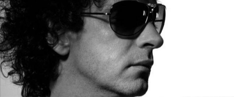Gustavo Cerati  sesión para el álbum  Ahí vamos.  Foto:  Nora Lezano.