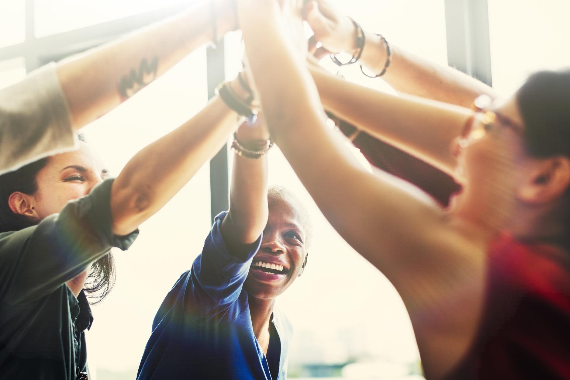 UNIT 5: BENEFITS OF VOLUNTEERING - - Why Companies Volunteer- Volunteering As Leadership Development- Broader Benefits for Life and Business