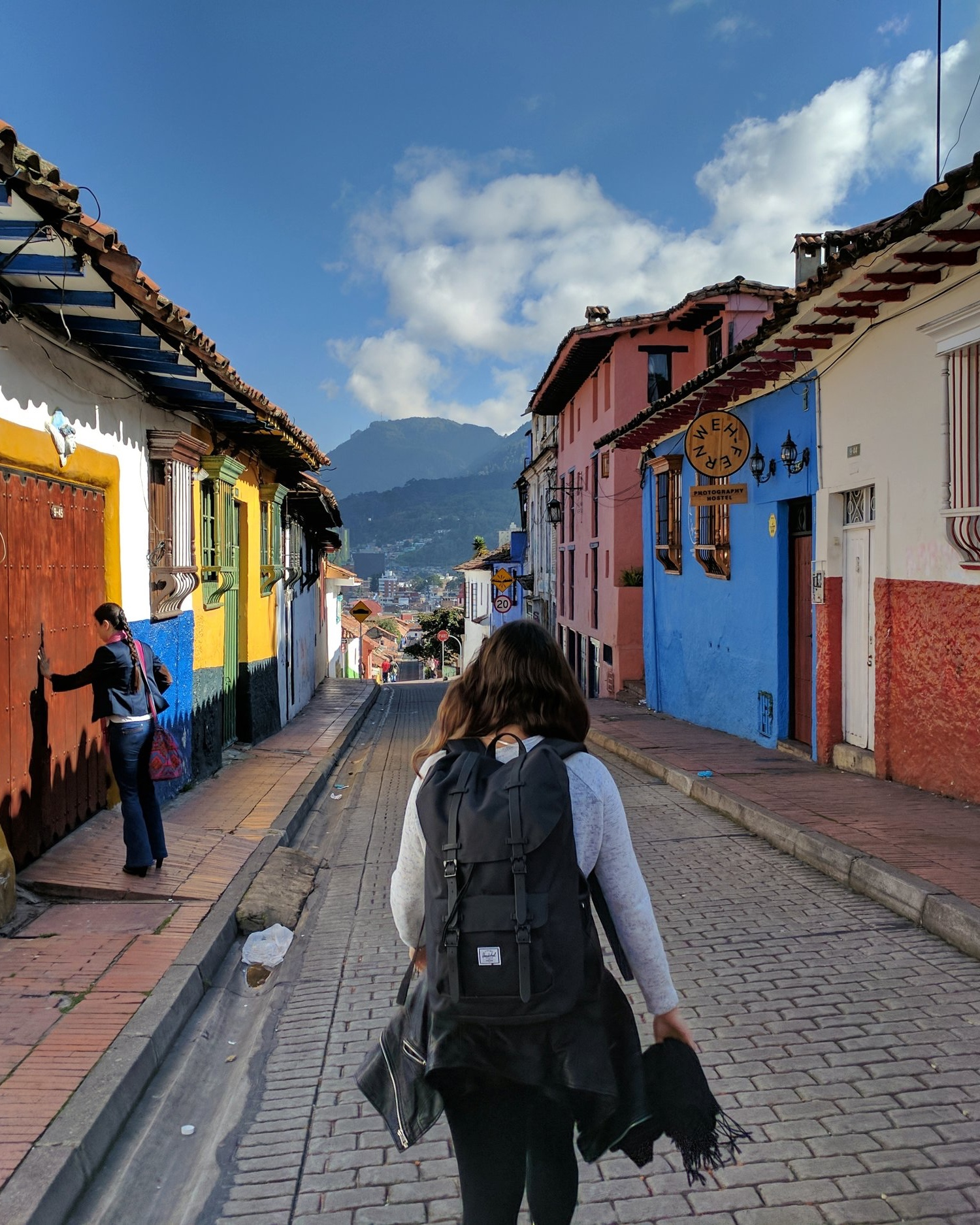 A Colombian Renaissance. - Learn more about how the Blended Capital Approach to Restoring Economic and Cultural Vitality is being applied to peace-building in Colombia.
