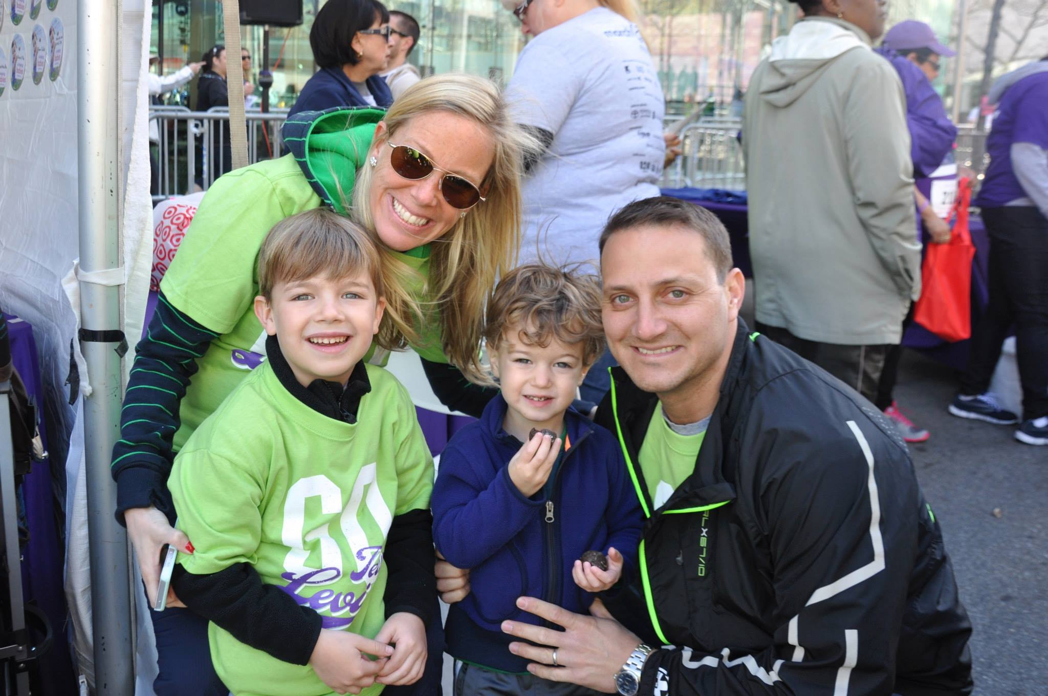 katz-family-at-the-2015-march-for-babies-walk_16731278159_o.jpg