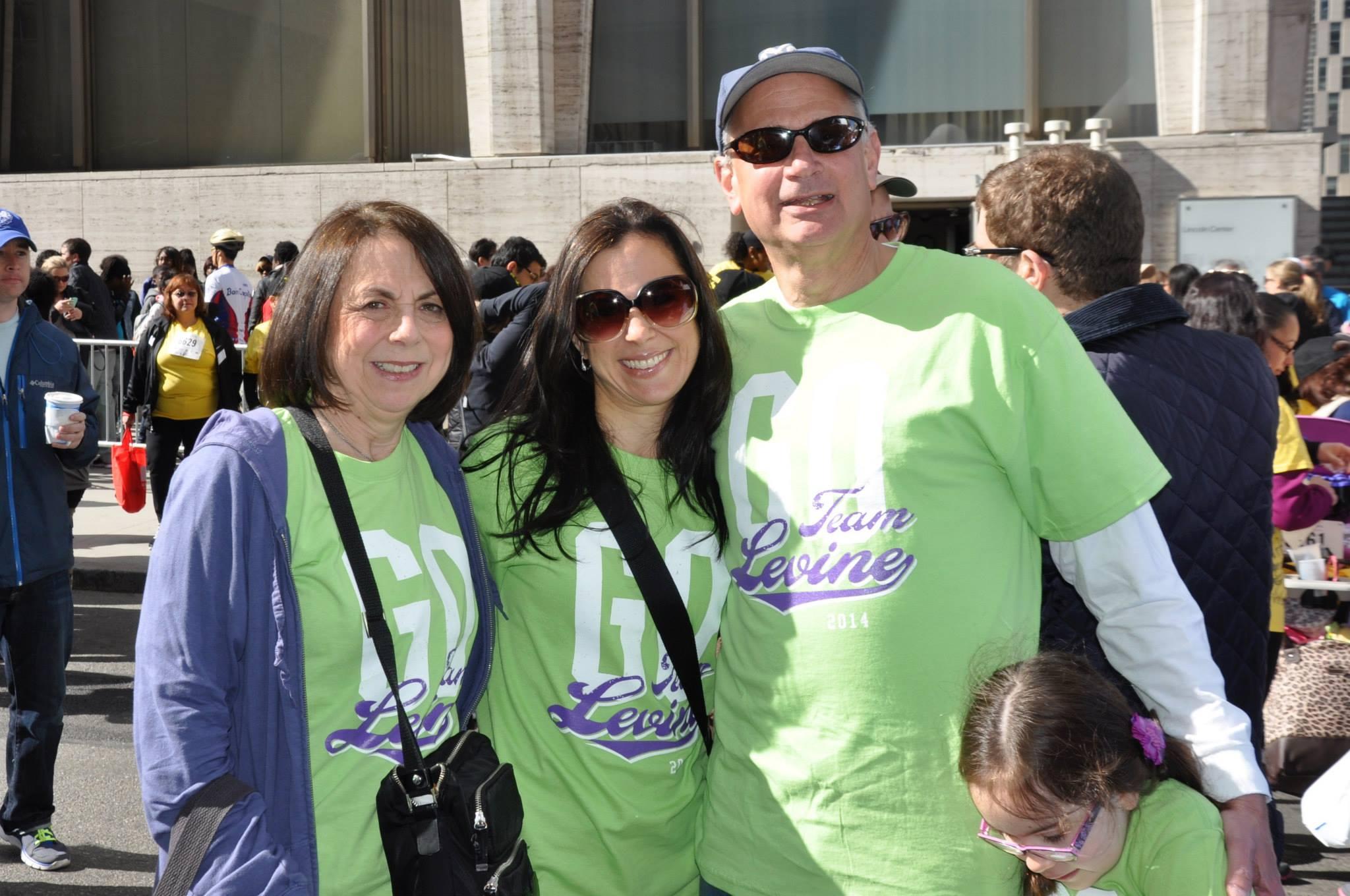 donna-berowitz-paulina-levine-stephen-berowitz-olivia-levine-at-the-2015-march-for-babies-walk_16297451503_o.jpg