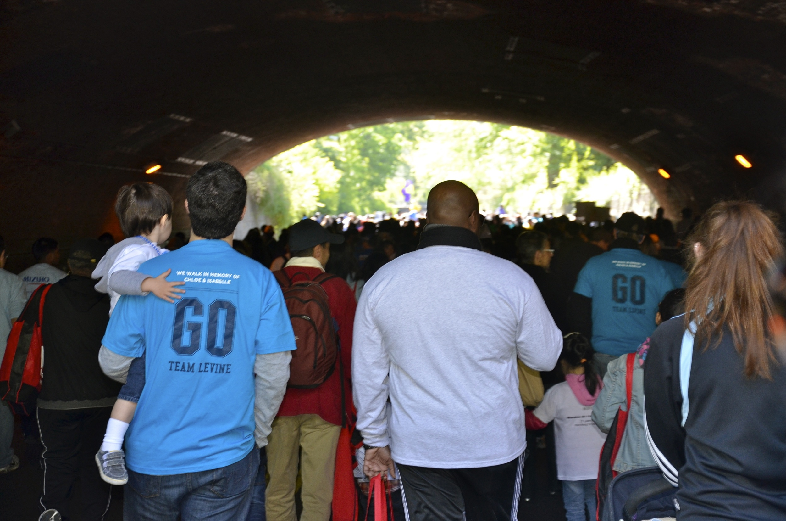 josh--julian-levine-and-other-2012-march-for-babies-walkers-walking-through-central-park_8540258950_o.jpg