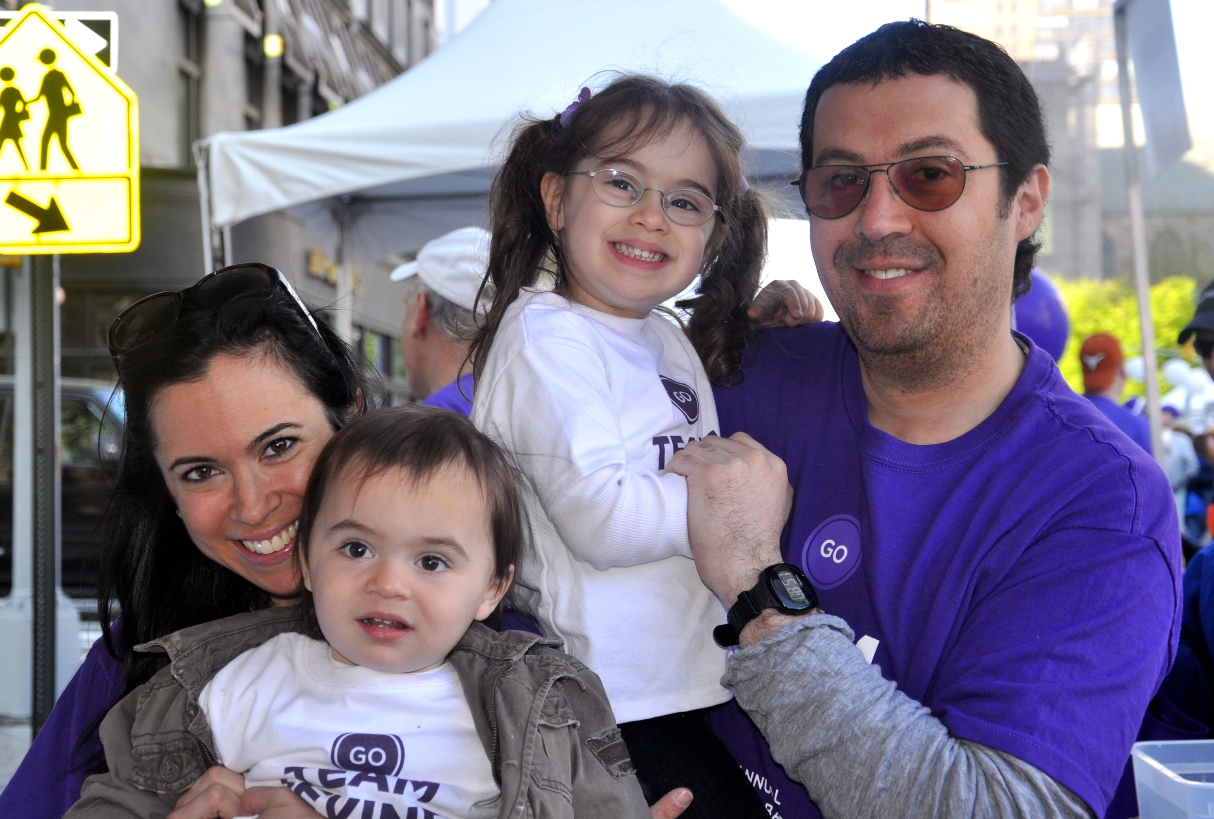 levine-family-at-the-2011-march-for-babies-walk_6863204534_o.jpg