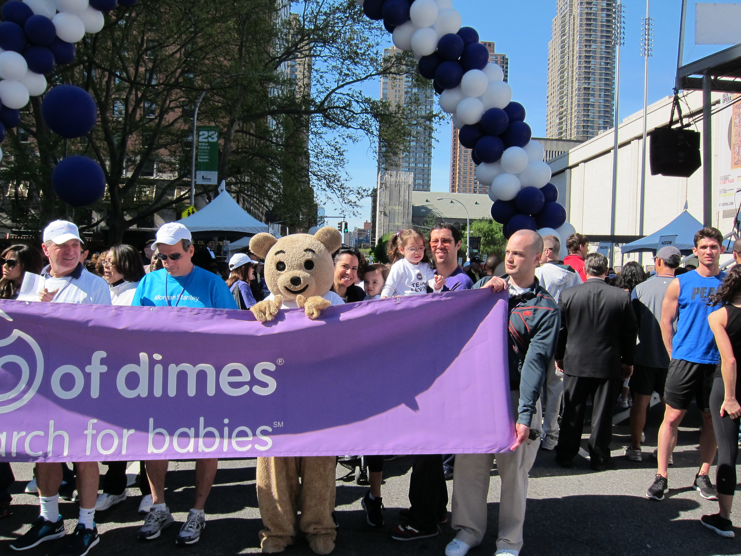 levine-family-at-the-march-for-babies-starting-line_6863188544_o.jpg