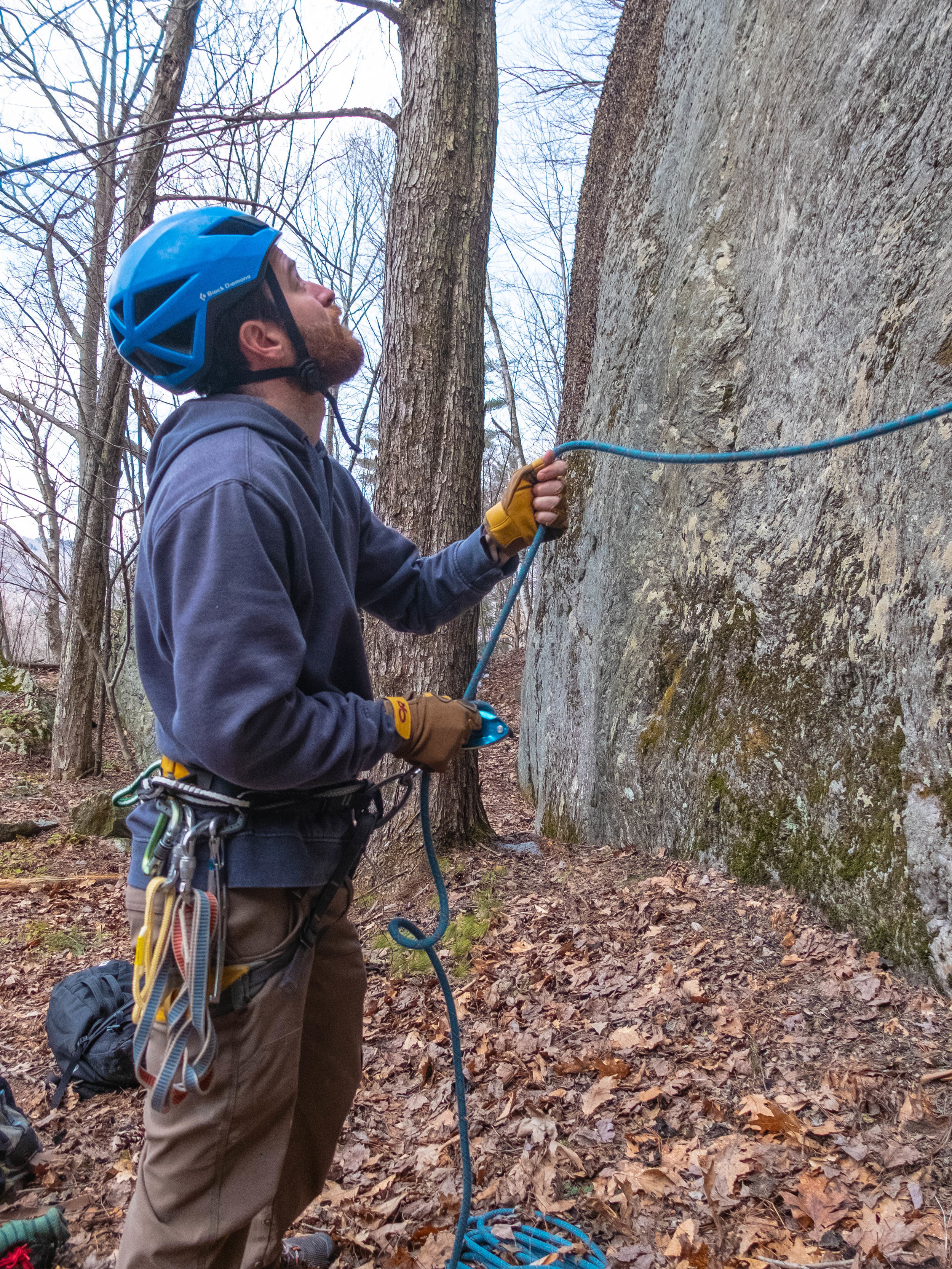 Giving slack with the Fossil Rock Gloves