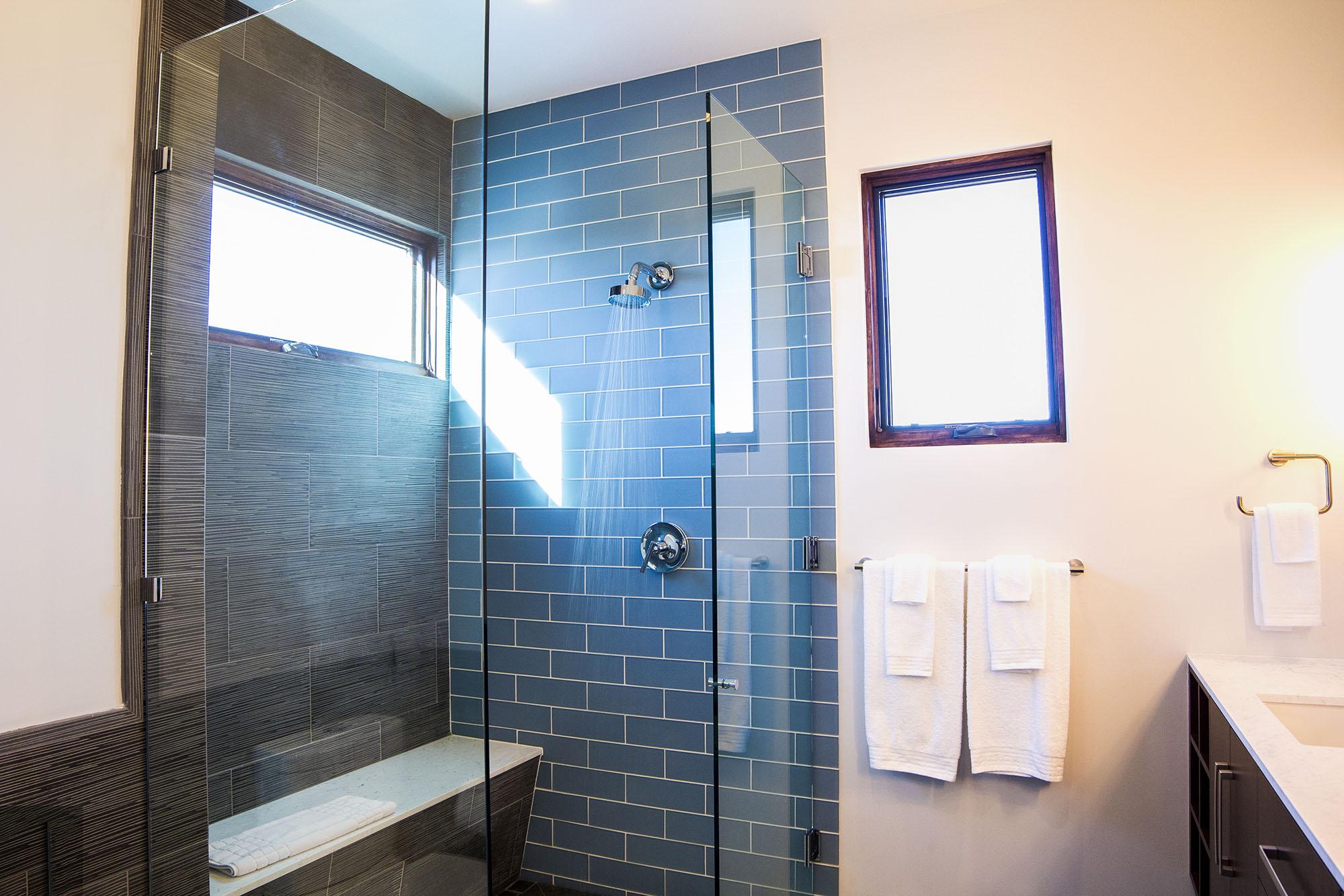 22-Master Bath.jpg