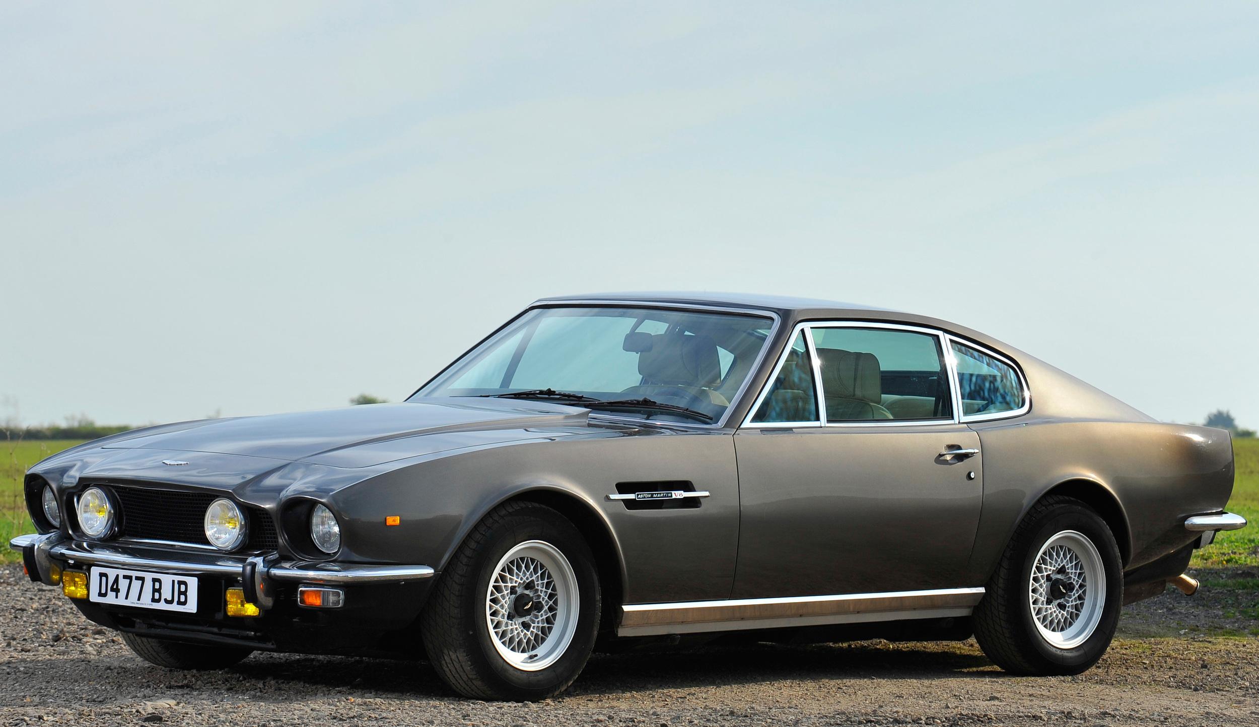Aston Martin V8 Vantage Review Ccfs Uk