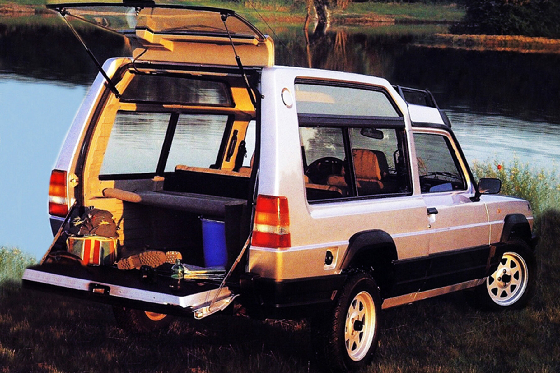 Matra Rancho was based on a van, which shows when you open the split-level tailgate.